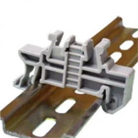 Element za pritrjevanje za vzmetne vrstne sponke tipa TSKB